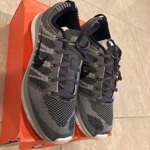 Nike sz 10.5 Flyknit one+
